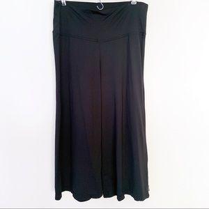 Prana Wide Leg Capri Flare Culotte Pants in Black